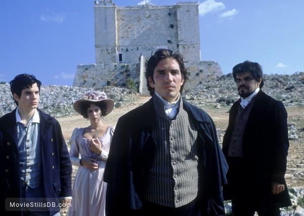 The Count of Monte Cristo - Publicity still of Henry Cavill, Dagmara Domińczyk, Jim Caviezel & Luis Guzmán