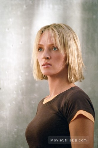 Paycheck - Publicity still of Uma Thurman