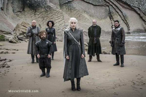 Game of Thrones - Publicity still of Peter Dinklage, Liam Cunningham, Kit Harington, Emilia Clarke, Conleth Hill & Nathalie Emmanuel