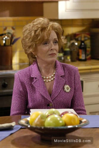 Two and a Half Men - Publicity still of Holland Taylor