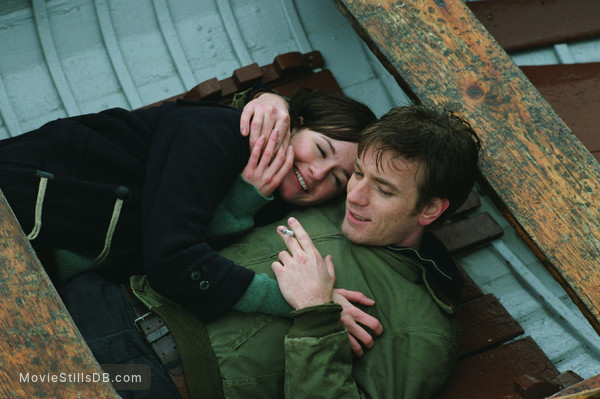 Young Adam - Publicity still of Ewan McGregor & Emily Mortimer