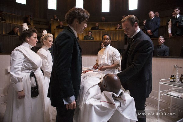 The Knick - Publicity still of André Holland, Clive Owen, Eric Johnson, Emily Kinney & Zuzanna Szadkowski