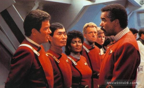 Star Trek: The Search For Spock - Publicity still of William Shatner, George Takei, Nichelle Nichols & Robert Hooks