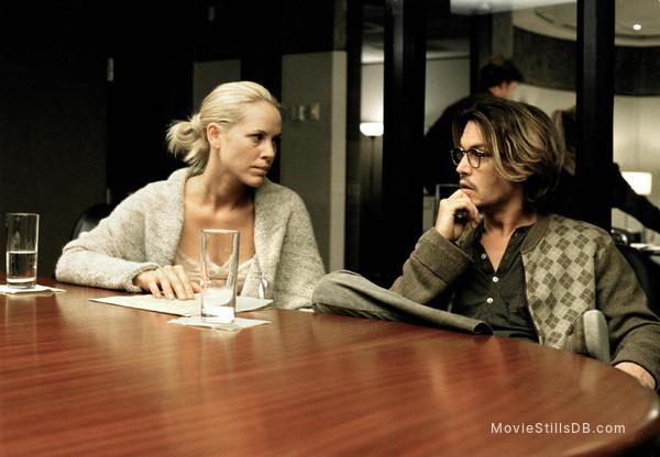 Secret Window - Publicity still of Johnny Depp & Maria Bello