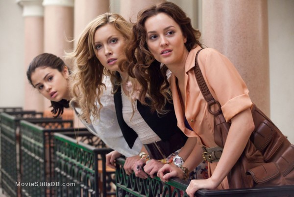 Monte Carlo - Publicity still of Selena Gomez, Katie Cassidy & Leighton Meester