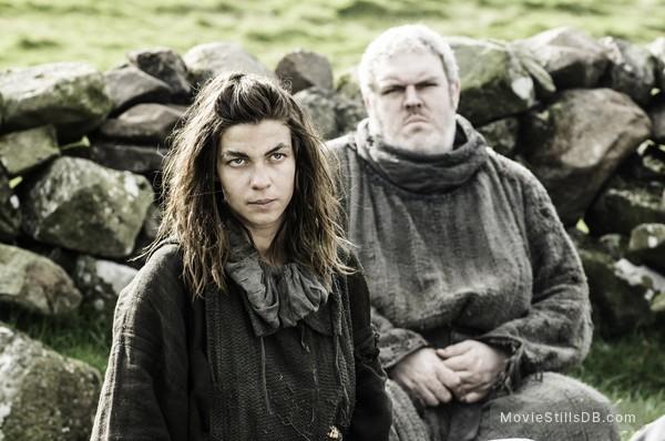 Game of Thrones - Publicity still of Natalia Tena & Kristian Nairn