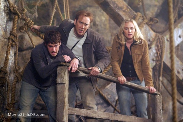National Treasure - Publicity still of Nicolas Cage, Justin Bartha & Diane Kruger