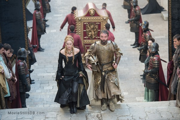 Game of Thrones - Publicity still of Lena Headey & Ian Beattie