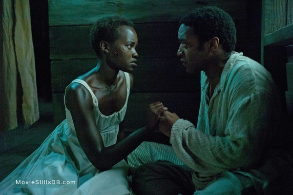 12 Years a Slave - Publicity still of Chiwetel Ejiofor & Lupita Nyong'o