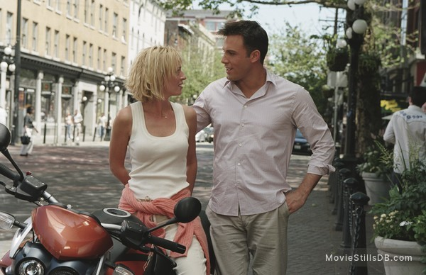 Paycheck - Publicity still of Ben Affleck & Uma Thurman