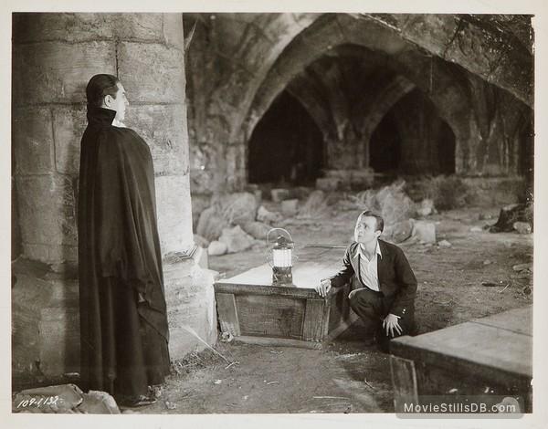 Dracula - Publicity still of Bela Lugosi & Dwight Frye