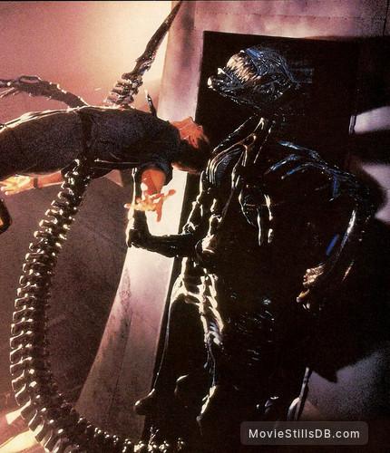 Aliens - Publicity still of Lance Henriksen