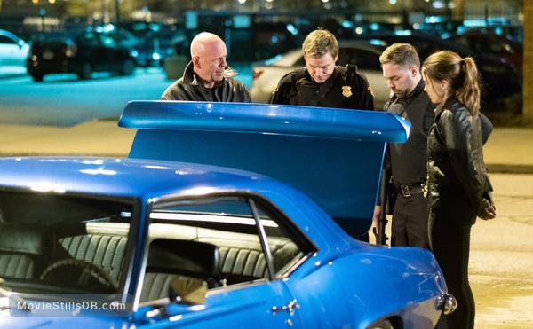 Acts of Violence - Publicity still of Bruce Willis, Sophia Bush, Boyd Kestner & Kyle Stefanski