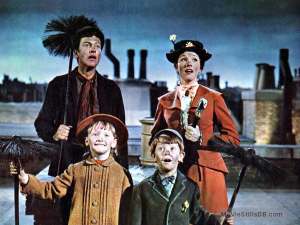 Mary Poppins - Publicity still of Dick Van Dyke, Julie Andrews, Karen Dotrice & Matthew Garber
