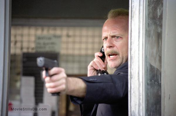 16 Blocks - Publicity still of Bruce Willis