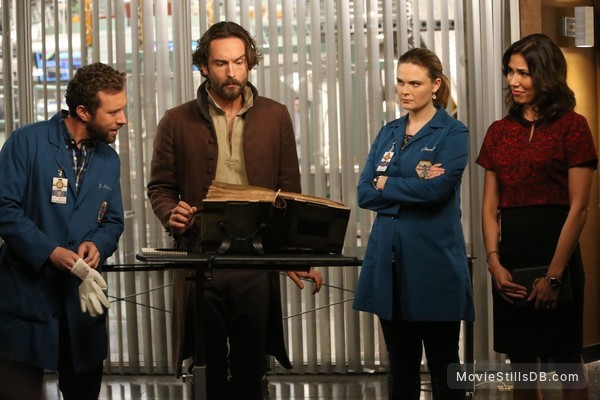 Sleepy Hollow - Publicity still of Emily Deschanel, Tamara Taylor, T. J. Thyne & Tom Mison