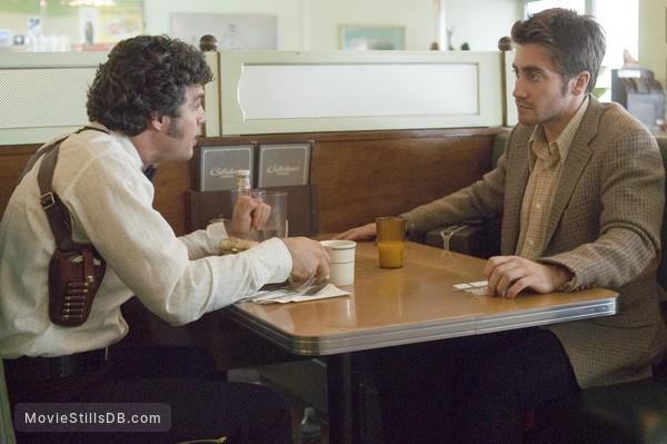 Zodiac - Publicity still of Jake Gyllenhaal & Mark Ruffalo