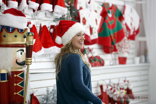 Hats Off To Christmas.Hats Off To Christmas Publicity Still Of Haylie Duff