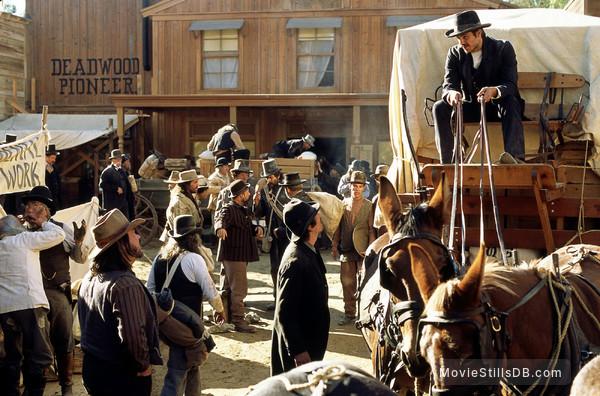 Deadwood - Publicity still of Timothy Olyphant, John Hawkes & W. Earl Brown