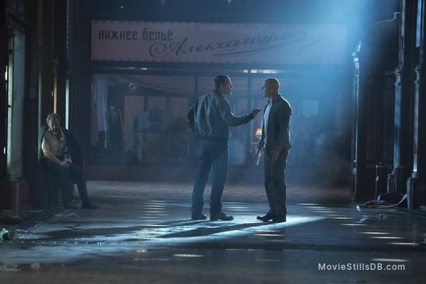 A Good Day to Die Hard - Publicity still of Bruce Willis, Jai Courtney & Sebastian Koch