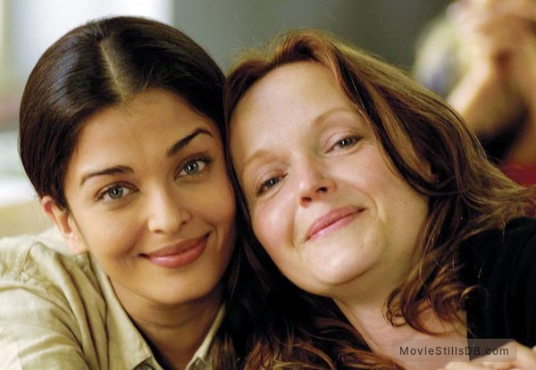 Provoked: A True Story - Publicity still of Aishwarya Rai Bachchan & Miranda Richardson