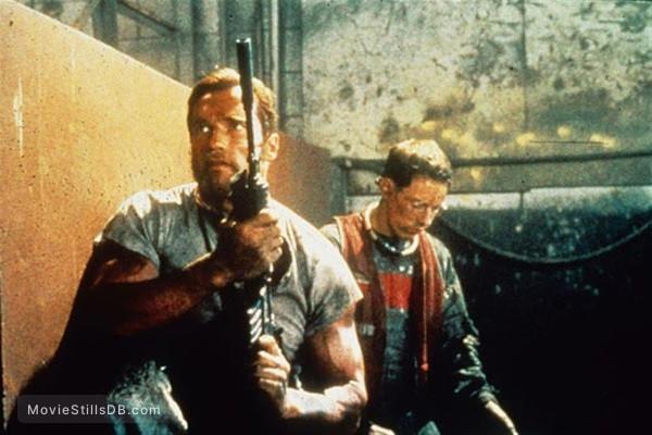The Running Man - Publicity still of Arnold Schwarzenegger