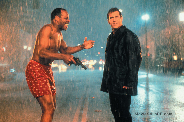 Lethal Weapon 4 - Publicity still of Mel Gibson & Danny Glover