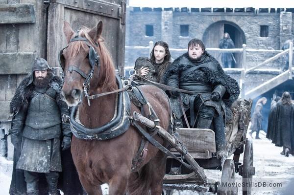 Game of Thrones - Publicity still of Hannah Murray & John Bradley