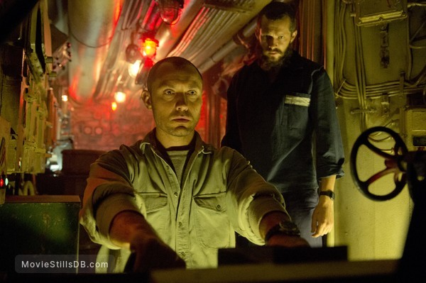 Black Sea - Publicity still of Jude Law & Grigory Dobrygin