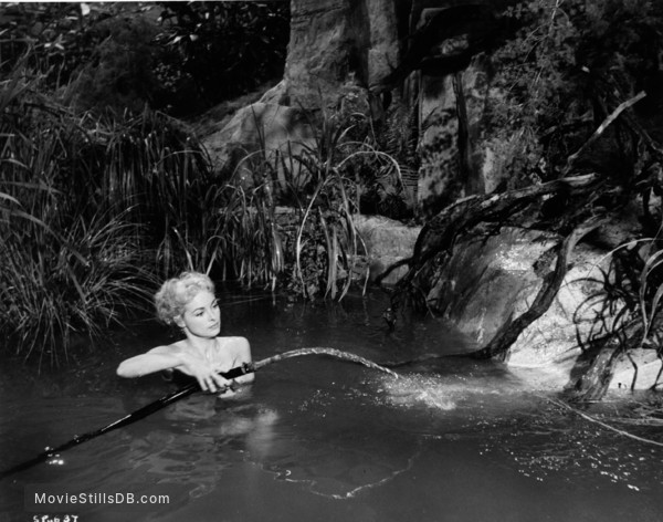 Safari - Publicity still of Janet Leigh