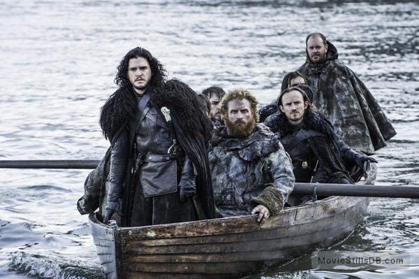 Game of Thrones - Publicity still of Kit Harington, Kristofer Hivju & Ben Crompton