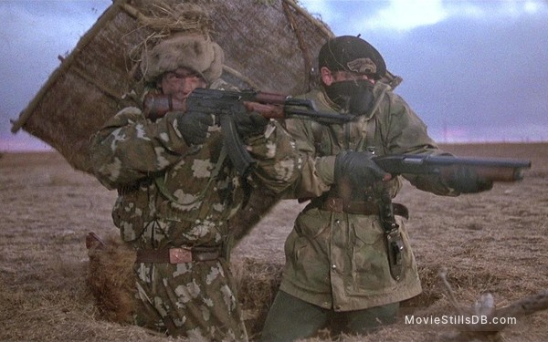 Red Dawn - Publicity still of Charlie Sheen & C. Thomas Howell