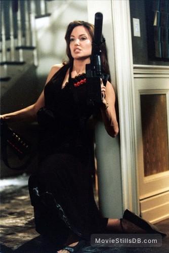 Mr Mrs Smith Publicity Still Of Angelina Jolie