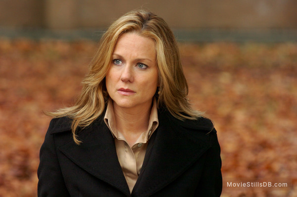 The Exorcism Of Emily Rose - Publicity still of Laura Linney