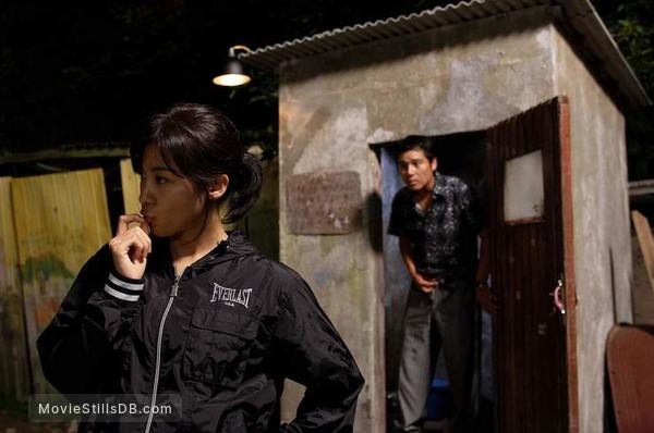 1Beonga-ui gijeok - Publicity still of Ha Ji-won & Jung Doo-hong