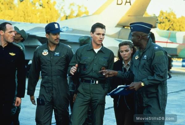 Iron Eagle II - Publicity still of Louis Gossett Jr. & Mark Humphrey