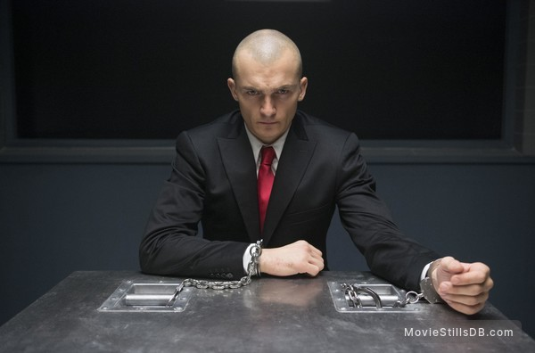 Agent 47 - Publicity still of Rupert Friend