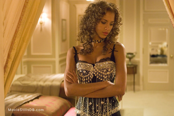 Rush Hour 3 - Publicity still of Noémie Lenoir