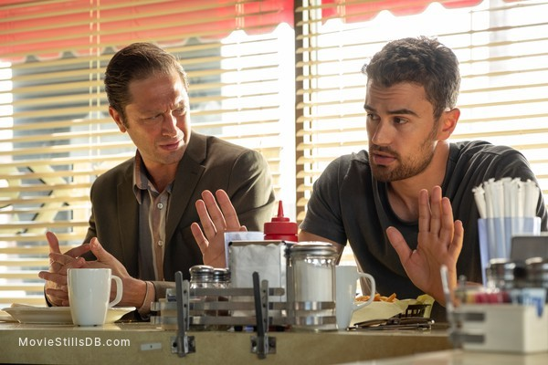 Lying and Stealing - Publicity still of Theo James