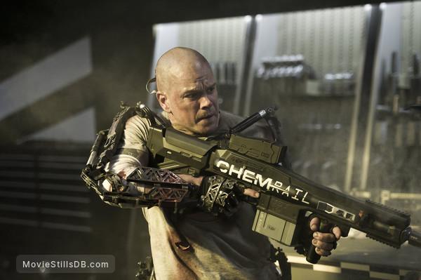 Elysium - Publicity still of Matt Damon