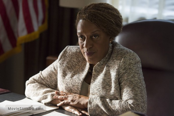 Sons of Anarchy - Publicity still of CCH Pounder