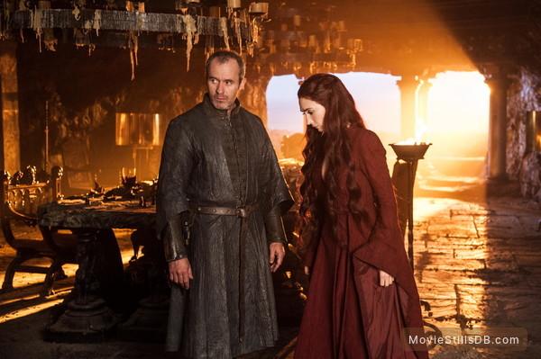 Game of Thrones - Publicity still of Carice van Houten & Stephen Dillane