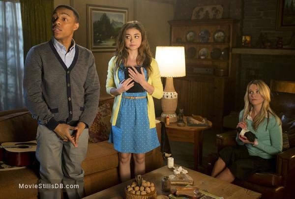 Scary Movie 5 - Publicity still of Shad Moss, Sarah Hyland & Katrina Bowden