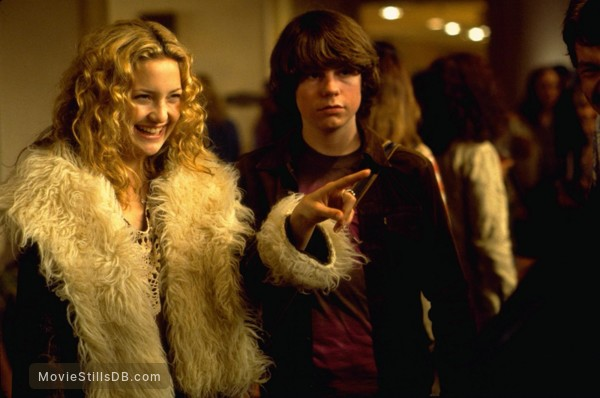 Almost Famous - Publicity still of Kate Hudson & Patrick Fugit