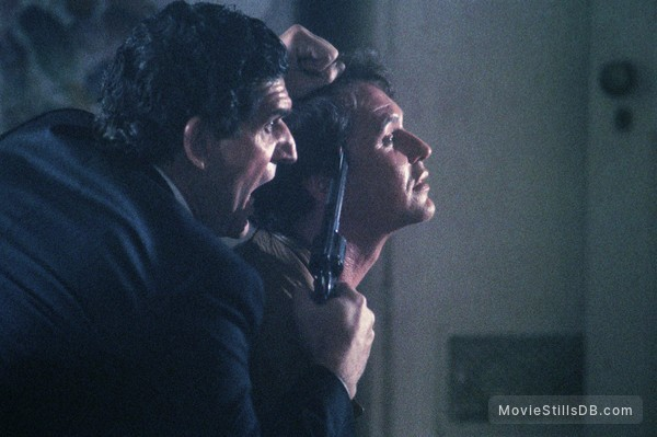 Someone to Watch Over Me - Publicity still of Tom Berenger & Andreas Katsulas