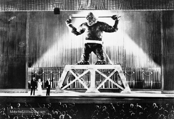 King Kong - Publicity still of Fay Wray, Bruce Cabot & Robert Armstrong