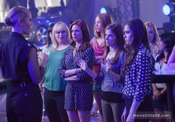 Pitch Perfect 2 - Publicity still of Anna Kendrick, Hailee Steinfeld & Rebel Wilson