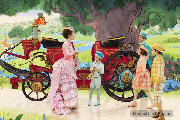 Mary Poppins Returns - Publicity still of Lin-Manuel Miranda, Emily Blunt, Pixie Davies, Nathanael Saleh & Joel Dawson
