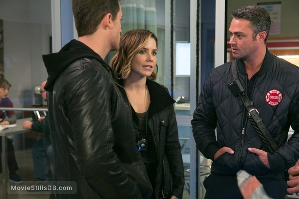 Chicago Med - Publicity still of Sophia Bush, Jesse Lee Soffer & Taylor Kinney