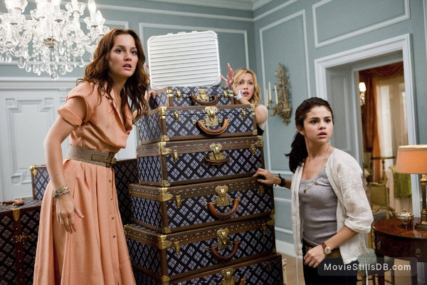 Monte Carlo - Publicity still of Leighton Meester, Katie Cassidy & Selena Gomez